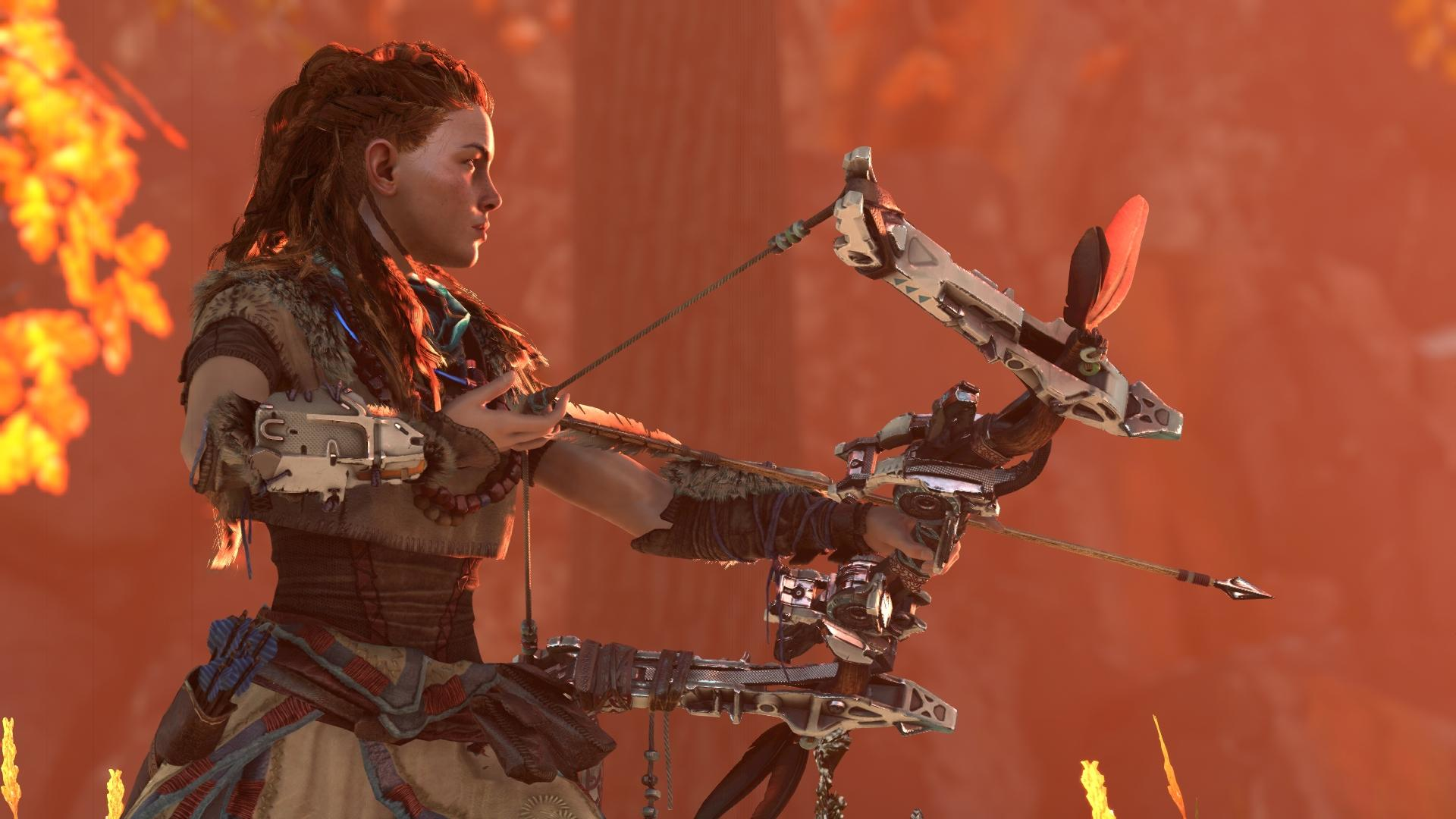 Aloy drawing her bow